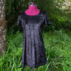Vintage 90s Hana Black Velvet Mini Shift Dress